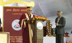 His Holiness the Dalai Lama delivering the Convocation Address at the 1st Convocation Ceremony of Kushabhau Thackeray University of Journalism and Mass Communication on Thursday. in Raipur, Chattisgarh, India, on March 7, 2013. Photo/Tenzin Taklha/OHHDL